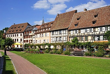 Half timbered buildings on the Quai Anselmann, Wissembourg, Nordvogesen Nature Reserve, Vogesen, Alsace, France, Europe