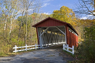 The Everett Road covered bridge in Cuyahoga Valley National Park, Peninsula, Ohio, USA