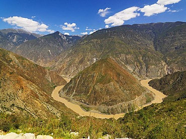 Three Yangtze canyons in the headwaters near Pondzirak, in Chinese Benzilan, Tibet, China, Asia