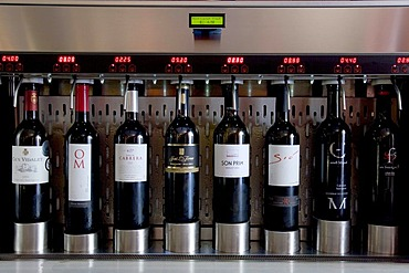 Wineing, wine bar and restaurant, enomatic wine serving system, Palma de Mallorca, Majorca, Balearic Islands, Spain, Europe