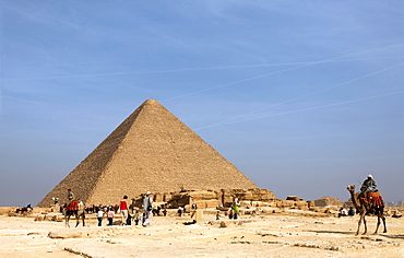 The Great Pyramid of Giza, near Cairo, Egypt, Africa