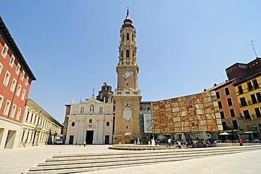 San Salvadors Cathedral, La Seo Square, Zaragoza, Saragossa, Aragon, Spain, Europe