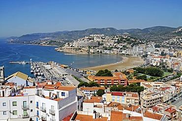 View over Peniscola, Costa del Azahar, Orange Blossom Coast, Castellon, Valencia, Spain, Europe