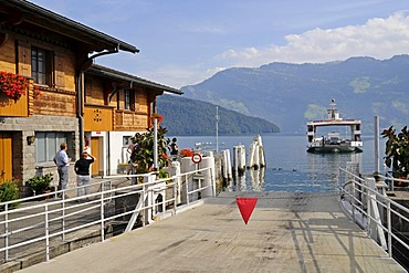 Landing stage, car-ferry on its way from Beckenried to Gersau, Vierwaldstaettersee or Lake Lucerne, Canton of Lucerne, Switzerland, Europe