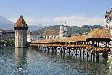 Kapellbruecke, Chapel Bridge, water tower, Reuss River, historic district, Lucerne, Switzerland, Europe