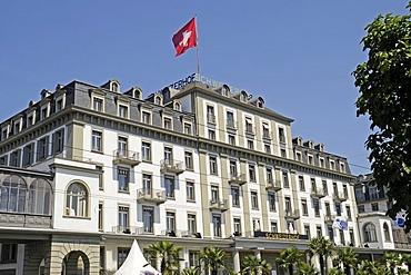 Schweizer Hof Hotel, Swiss flag, Lucerne, Switzerland, Europe
