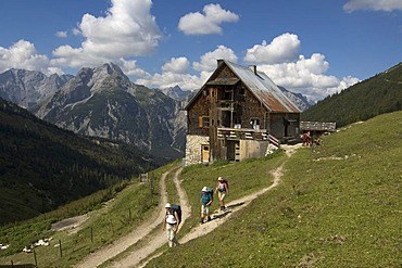 Plumsjochhuette lodge the way to the Plumsjoch in the Eng Karwendel Mountain National Park Rissbach valley Tyrol Austria