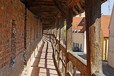 Noerdlingen Noerdlingen Swabia Bavaria Germany town wall battlement parapet
