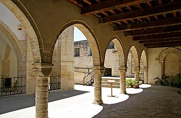 Cloister, Timiou Stavrou Church, Omodos, Cyprus, Europe