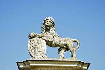 Detail, lion of stone, castle Nordkirchen, Muensterland, North Rhine-Westphalia, Germany