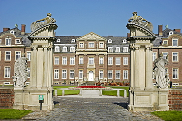 Entrance, castle Nordkirchen, Muensterland, North Rhine-Westphalia, Germany