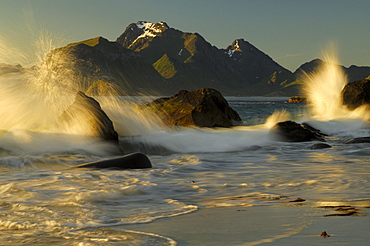 Rising tide, midnight sun, Flakstadoy, Lofoten, Norway, Scandinavia