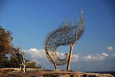 Sculptures by the sea 2006, Australia's largest annual outdoor sculpture exhibition, wind spiral II, Bondi to Tamarama beach walk, Sydney, New South Wales, Australia