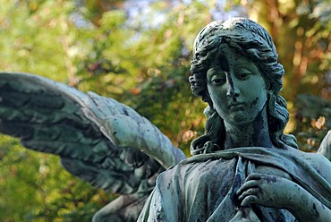 Statue of an angel in a cemetery