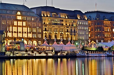 Christmas fair at Jungfernstieg in Hamburg, Germany