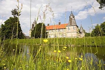 Westerwinkel Moated Castle, baroque grounds with park, Ascheberg, Muensterland, North Rhine-Westphalia, Germany, Europe
