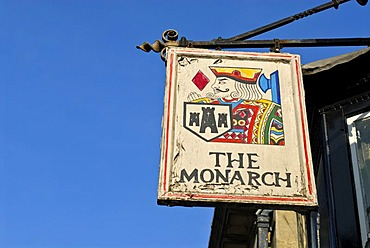 Sign with a coat-of-arms, The Monarch, Ley lines, Legend of King Arthur, Glastonbury, Mendip, Somerset, England, Great Britain, Europe