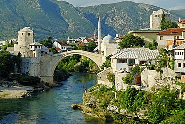 Historic centre of Mostar on the Neretva River, UNESCO World Heritage Site, Bosnia and Herzegovina, Balkans, Europe