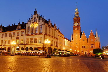 Historical town hall, Sukiennice, Cloth Hall or Drapers' Hall, by Wroclaw market square, Wroclaw, Silesia, Poland, Europe