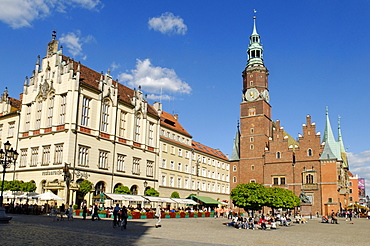 Market square, rynek of Wroclaw with town hall, Sukiennice, Cloth Hall or Drapers' Hall, Silesia, Poland, Europe