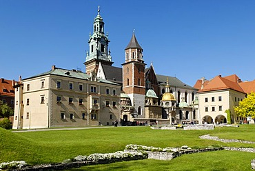 Cathedral on Wawel Hill, UNESCO World Heritage Site, Krakow, Poland, Europe