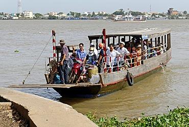 Passenger ferry crossing the Mekong River, Mekong Delta, Vietnam, Asia