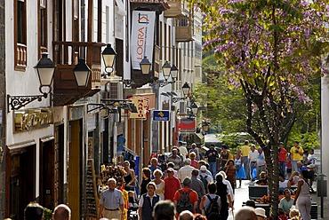 Pedestrian zone in old town, Puerto de la Cruz, Tenerife, Canary Islands, Spain