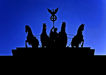 Silhouette of the quadriga on the Brandenburg Gate, Berlin, Germany