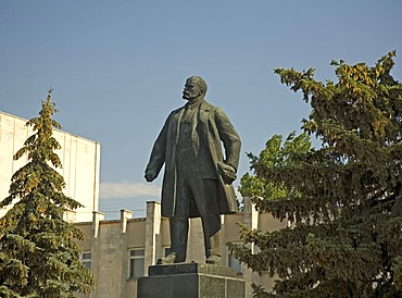 Lenin Statue at the Town Square, Saki, Crimea, Ukraine, South-Easteurope, Europe,