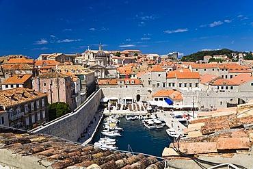 View of the Dubrovnik Harbour and historic centre, Ragusa, Dubrovnik-Neretva, Dalmatia, Croatia, Europe