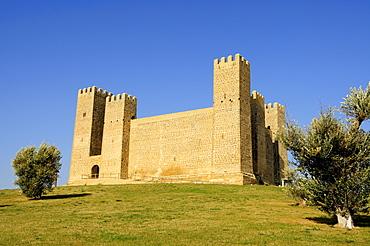 Thirteenth-century Franco-Gothic castle, Sabada, Zaragoza Province, Aragon, Spain, Europe