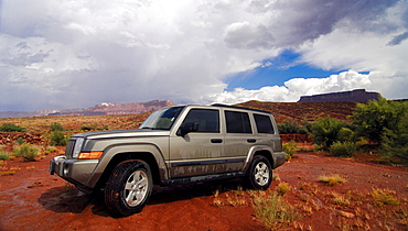 Four-wheel drive Jeep Commander, Utah, United States of America