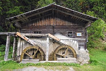 Mill wheel hut, Wachterbach Mill, historic monument, Maria Luggau, Lesachtal valley, Carinthia, Austria, Europe