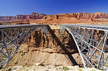 Navajo Bridge, steel bridge going over the Colorado River, Marble Canyon, Navajo Indian Reservation, Arizona, USA, North America