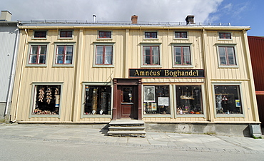 General store, antiques shop in Roeros, iron mining town, UNESCO World Heritage Site, Sor-Trondelag, Norway