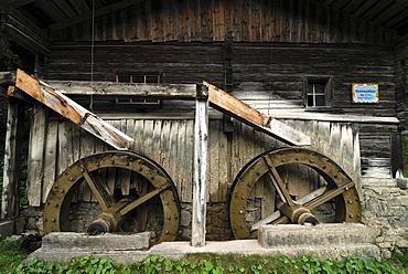 Mill wheels