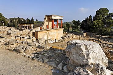 Northwest entrance to the Palace of Knossos, Crete, Greece, Europe