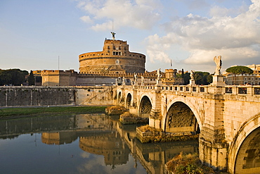 Ponte Sant¥ Angelo bridge and Sant¥ Angelo castle before sunset, Rome, Italy, Europe
