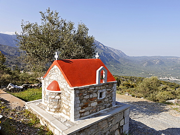 Chapel on the road to Lasithi Plateau, Crete, Greece, Europe