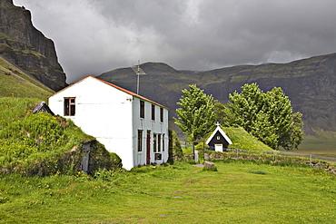 Nupsstaur farmyard, southern coast of Iceland, Atlantic Ocean