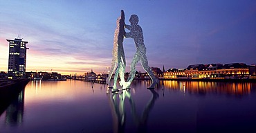 """""""Molecule Man"""", panorama from Treptow to the Osthafen, Berlin, Germany"""