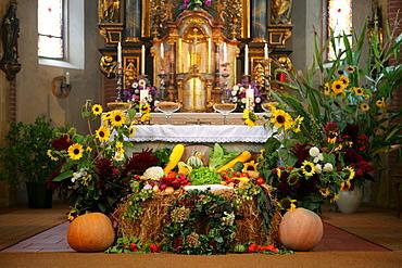 Thanksgiving altar in gothic choir of the church of pilgrimage, Holzhausen, Upper Bavaria, Germany