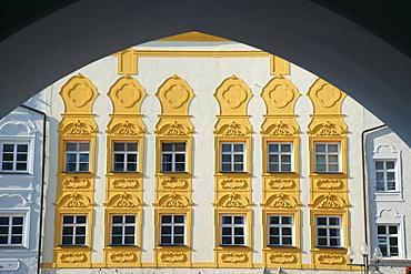 View of house facade from ambulatory, Muehldorf am Inn, Upper Bavaria, Bavaria, Germany, Europe