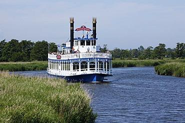 Paddle steamer, Prerower Stream, Western Pomerania Lagoon Area National Park, Mecklenburg-Western Pomerania, Germany, Europe