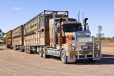Road Train, Road House on Highway 87 at Glendambo, South Australia, Australia