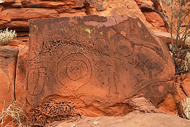Historic Aboriginal scratch drawings, Ewaning Reserve near Alice Springs, Northern Territory, Australia