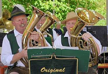 """Horn players of the Altnussberger music group at the folk music festival """"Drumherum"""" in Regen, Lower Bavaria, Germany, Europe"""