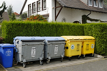 Garbage bins, waste paper bins and recycling bins