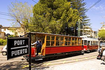 Tram leaving the railway station in Soller, going to Port de Soller, Majorca, Balearic Islands, Spain, Europe