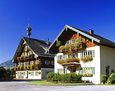 Farmhouses, Salzburger Land, Austria, Europe